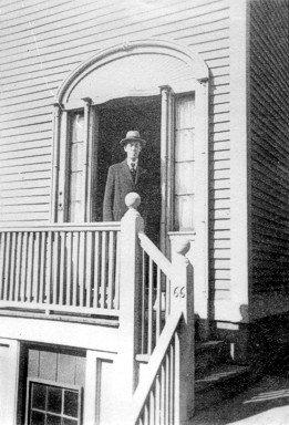 1935-B