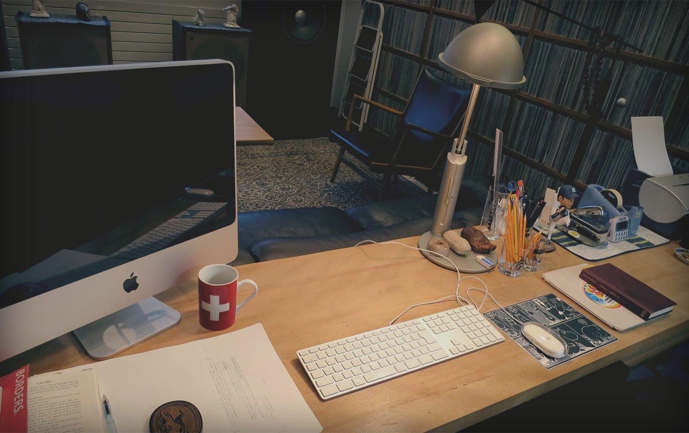 Murakami'nin çalışma masası